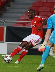 BENFICA GLORIOSO...: Benfica – Bayer Leverkusen, 0-0 Destaques individuais: Pizzi e Ola John sempre em alta rotação