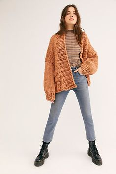 ft loopy mango merino yarn Cardigan Outfits, Cardigan Fashion, Cardigan Sweaters For Women, Brown Cardigan Outfit, Big Sweater, Chunky Cardigan, Sweater Dresses, Knit Cardigan, Merino Wool Sweater