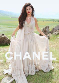 selena gomez vs Chanel