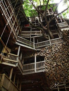 Wood detail on treehouse in Crossville, Tennessee