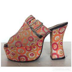d5ee44f955f3 Vintage 60s 70s Space Age Platform Mules Open Toe by SuckMustard Vintage  Shoes Women