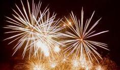 Para celebrar a virada, lembre-se de desejar coisas boas para as pessoas especiais . Confira uma seleção de mensagens e frases curtas de ano novo!