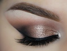 This easy to re-create lookis dramatic and daring while remaining classic & refined. Products Used Makeup Geek Eyeshadow in Crème Brulee Makeup Geek E