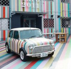 Vintage Mini Cooper decorated with washi tape ~ soooo cute! Mt Tape, Masking Tape, Duck Tape, Washi Tapes, My Dream Car, Dream Cars, Classic Mini, Classic Cars, Automobile