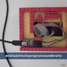 Arduino in scatola di lego, chi ha detto che programmare è brutto?  #chihadettocheprogrammareèbrutto #arduino #lego