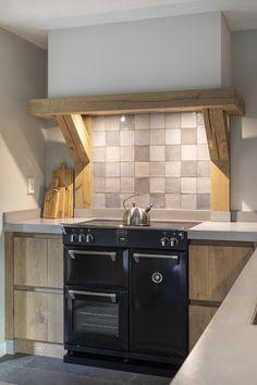 Range Cooker Kitchen, Kitchen Stove, Kitchen Backsplash, Kitchen Cabinets, Modern Farmhouse Kitchens, Home Kitchens, Kitchen Furniture, Kitchen Decor, Interior Design Kitchen