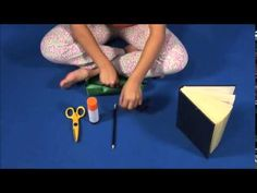 Short Speekee clip teaching pencil case items simply by putting them on display!