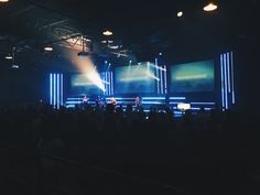 Micheal Green from LifeChurch.tv (Hendersonville Campus) in Hendersonville, TN brings us this great LED tape design filling in the gaps between their projection screens. Stage Backdrop Design, Stage Lighting Design, Stage Set Design, Church Stage Design, Bühnen Design, Design Ideas, Graphic Design, Church Interior Design, Led Tape