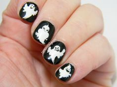 Manicura de fantasmas   Glowing Ghosts nail art   Toxic Vanity