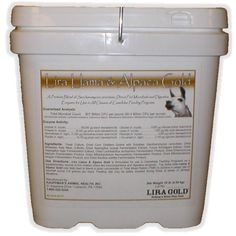A blend of Saccharomyces cerevisiae, direct-fed microbials & digestive enzymes for camelidae. Llama Alpaca, Gold, Yellow