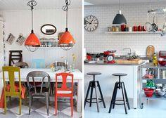 A cozinha fica com jeito industrial com peças em aço inox, enquanto os objetos em cores sólidas trazem vida ao ambiente. O relógio grande, as banquetas reguláveis, as luminárias típicas, detalhes que fazem a diferença.