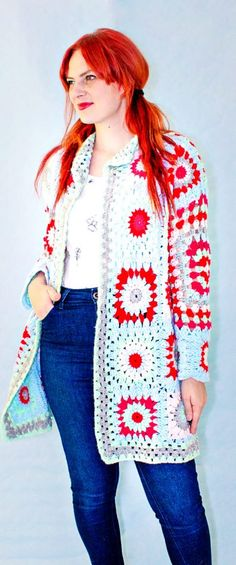 Stylish Crochet Cardigans and Patterns Ideas - Page 27 of 47 - Women Crochet! Crochet Coat, Crochet Cardigan Pattern, Crochet Blanket Patterns, Easy Crochet, Knit Cardigan, Knitting Patterns, Free Knitting, Pattern Images, Crochet Videos