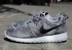 Original Nike Roshe Run Mens Print Grey Marble Shoes