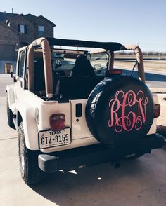 Jeep topless white jeep with monogram tire cover Caar – Car Picture Galleries Jeep Wrangler Tire Covers, Jeep Tire Cover, Jeep Covers, Jeep Wrangler Accessories, Jeep Accessories, Cheetahs, My Dream Car, Dream Cars, Jeep Truck