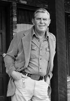 Beloved TV star Andy Griffith died at his home in Manteo, North Carolina, on Tuesday morning. He was 86.