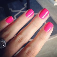 Neon Pink Nails for summer. Love a hot pink manicure. Fabulous Nails, Perfect Nails, Stilettos, Neon Pink Nails, Nailart, Pink Nail Designs, Nails Design, Super Nails, French Nails