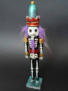 Day Of The Dead Christmas Nutcracker (Written Tutorial) Halloween Trees, Halloween Christmas, Halloween Crafts, Christmas Crafts, Christmas Ornaments, Halloween Halloween, Vintage Halloween, Halloween Makeup, Halloween Costumes