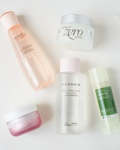 Signs you have dry skin: You cleanse your skin with the gentlest of cleansers but still feel tight and dry afterwards. If that's the case, you need products that not only add moisture on top of your skin but also infuse cells with hydration.