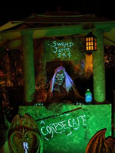Cool Idea if Elks does a Halloween Party, make lemonade and call it demon-ade and serve red cool aid. Halloween Prop, Voodoo Halloween, Halloween Yard Decorations, Holidays Halloween, Halloween Party Decor, Halloween Themes, Voodoo Party, Pirate Halloween, Halloween Carnival