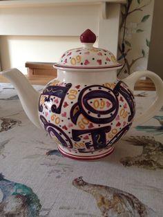 Gorgeous Special Teapot 2012