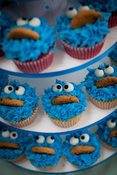 "Cookie Monster Cupcakes, how cute! My first job was at Blue Chip Cookies and my nickname was ""Cookie Monster. Cupcake Recipes, Cupcake Cakes, Cookie Monster Cupcakes, Cupcakes Kids, Monster Cakes, 1st Birthday Cupcakes, 2nd Birthday, Birthday Ideas, Yummy Treats"