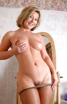 Busty cougar hotties Naked