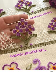 Needle Lace, Bargello, Baby Knitting Patterns, Floral, Flowers, Dish Towels, Tejidos, Needlepoint, Silk
