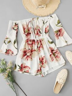 Floral Print Fluted Sleeve Romper Floral Print Fluted Sleeve Romper - Jumpsuits and Romper Teenage Outfits, Cute Girl Outfits, Cute Summer Outfits, Cute Casual Outfits, Outfits For Teens, Pretty Outfits, Stylish Outfits, Dress Outfits, Romper Outfit