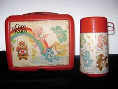I used to have this thermos... the lunch box too I think but the thermos was my favorite!