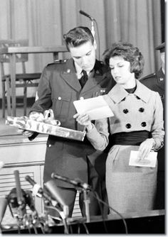 Army Discharge press conference: Elvis and Nancy Sinatra, Fort Dix, March 3, 1960.