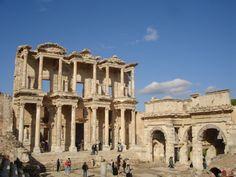 Recorded October Ephesus was an ancient Greek city on the west coast of Anatolia, near present-day Selçuk, Izmir Province, Turkey. Katakolon Greece, Olympia Greece, Places To Travel, Places To Visit, Turkey Images, Turkey Country, Kusadasi, Ephesus, Turkey Travel