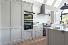 The Wild Wood Kitchen is an example of a handcrafted Shere Kitchen to show the craftmanship of our work and give you ideas for your bespoke kitchen White Wood Kitchens, Oven Hood, Handmade Kitchens, Bespoke Kitchens, Beautiful Kitchens, Surrey, Kitchen Cabinets, Home Decor, Decoration Home