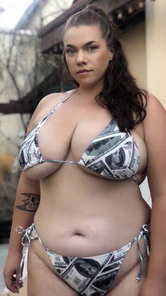 Hot milf natural tits