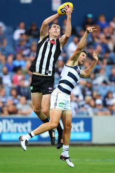 Collingwood rocked by illicit drugs scandal Collingwood rocked by illicit drugs scandal Rugby Players, Football Players, Collingwood Football Club, Australian Football, My Boys, Melbourne, Running, Sports, Scandal