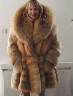 Rare-fur-coat-of-farmed-fox