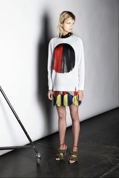 http://www.style.com/slideshows/fashion-shows/resort-2016/marco-de-vincenzo/collection/4
