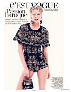 Passion baroque in Vogue Paris with Toni Garrn