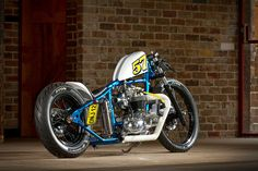 «Stefan's Retro Triumph Bobber» de HoskingInd
