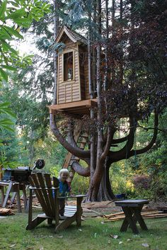 Josie's treehouse by chrisaxling, via Flickr