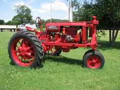 Old Farmall - looks good!