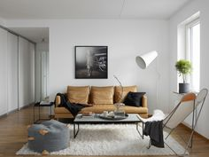 family room // lounge // minimal // small // apartment // house // living