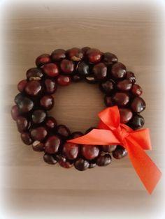 DIY Chesnut wreath tutorial Nohama pevně na zemi...ale jen někdy;): DIY: Podzimní výzdoba - Věnec z kaštanů / Fall decoration - Chesnut Wreath