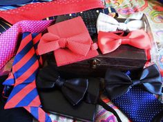Anyone who wears a bow tie is automatically a confident gentleman, no exceptions. :)⋈ #Bowtie #Gentleman #Preppy