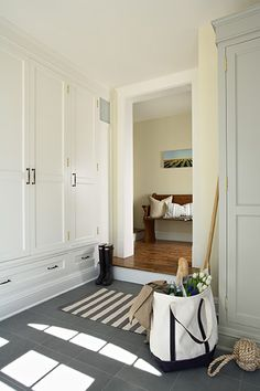 Modern Home Design Ideas, Pictures, Remodel and Decor Mudroom cabinetry + slate flooring Modern Interior Design, Colors, Lighting White Sofa. Mudroom Laundry Room, Laundry Room Design, Mudroom Cabinets, Storage Cabinets, Closet Mudroom, Mudroom Cubbies, Entry Closet, Garage Entry, Bedroom Cupboards