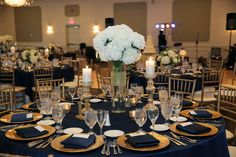 Flowers by Sisters Floral Design Studio  www.sistersflowers.net Image by Linda Rivard Photography White hydrangea centerpiece at Sunset Country Club. #sistersfloraldesignstudio