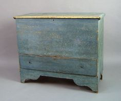 New England painted pine mule chest, early 19th