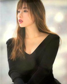 Satomi Ishihara, Asian Cute, Asian Beauty, Sunnies, Hair Beauty, Beautiful Women, Actors, Womens Fashion, Face