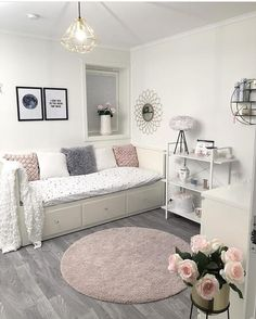 22 New Soft Aesthetic Room Decor - Room Dekor 2020 Cute Bedroom Ideas, Cute Room Decor, Girl Bedroom Designs, Room Ideas Bedroom, Small Room Bedroom, Bedroom Decor, Ikea Bedroom, Bedroom Inspiration, Bedroom Furniture