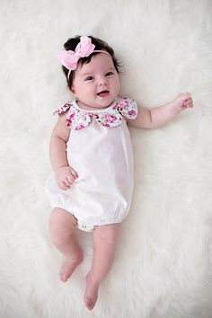Baby Hair Bow Headband – Puffy Birthday Bow for Girls – Elastic Hair Bands Baby Headband Bow – Baby Hair Piece – Pink Girls Bow – Newborn Girl Headband – Pink Puff Bow for Gir Newborn Girl Headbands, Newborn Bows, Baby Hair Bows, Baby Girl Newborn, Cute Baby Girl, Baby Girl Gifts, Baby First Outfit, Baby Girl Pictures, Baby Girl Hairstyles