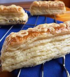 AranyTepsi: Kelt leveles rudak Cold Lunches, Vegan Lunches, Foods To Balance Hormones, Hungarian Recipes, Hungarian Food, Foods To Eat, Balanced Diet, International Recipes, Apple Pie